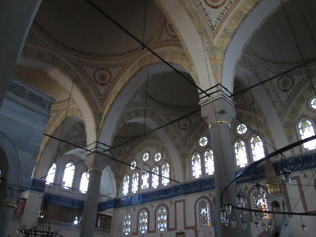 Piyale Paşa Camii six-dome interior