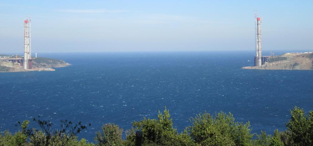 Boğaz at Karadeniz 1000x467