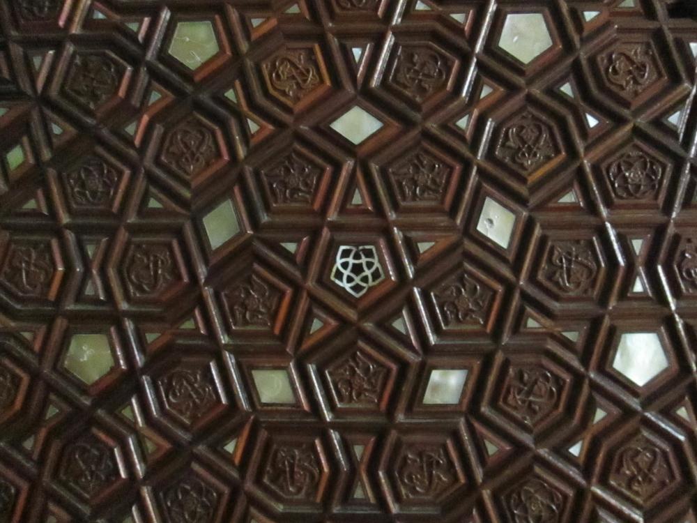 Rüstem Paşa Camii door detail 3 1000x750
