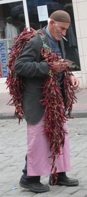 pepper seller at Tarlabaşı pazar 26oct14