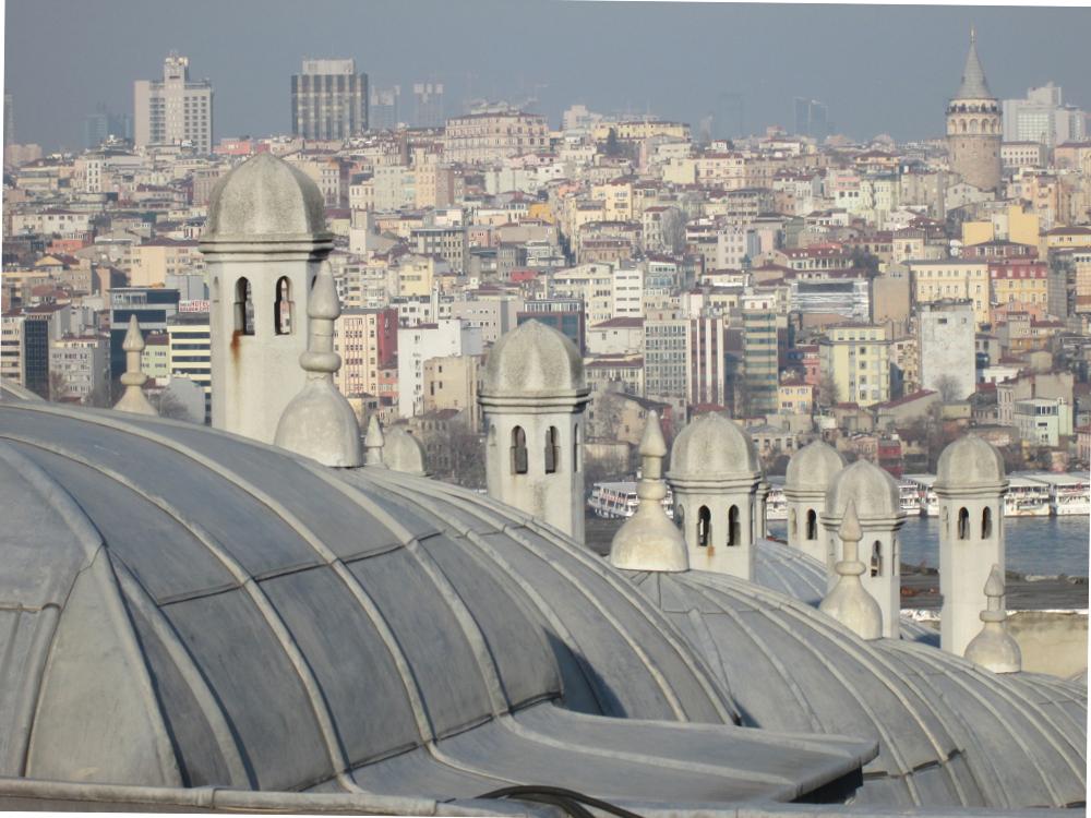 view of Beyoğlu from Süleymaniye camii (14) 1000x750